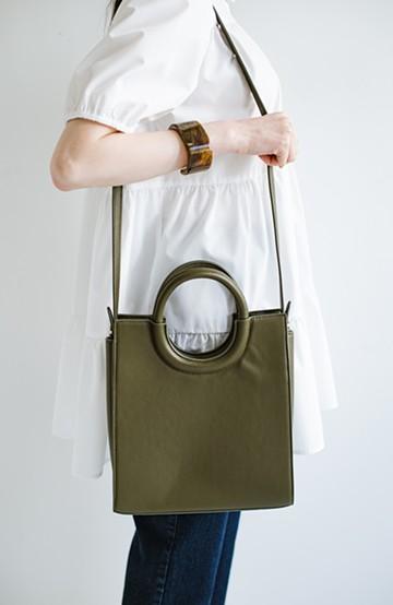 haco! コーデをピリッと引き締めてくれる!毎日に使いやすいサイズの2WAYトートバッグ <カーキ>の商品写真