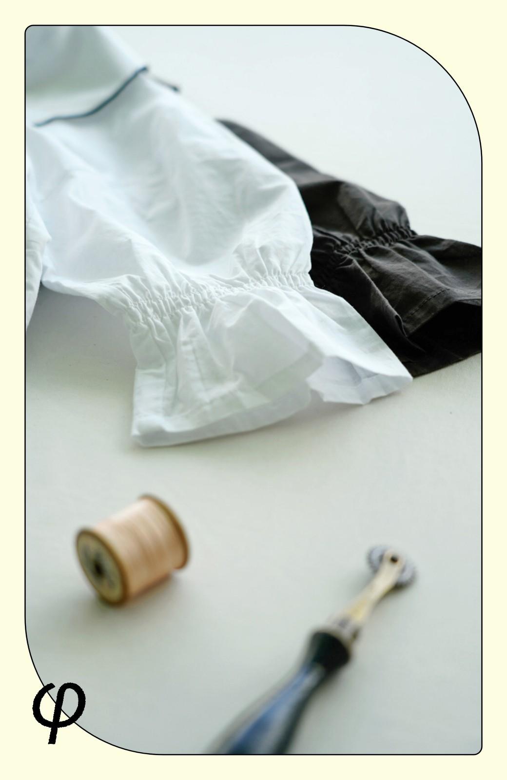 haco! (φ)甘さ控えめで照れずに着られる 今っぽおしゃれなビッグカラーブラウス <チャコールグレー>の商品写真4