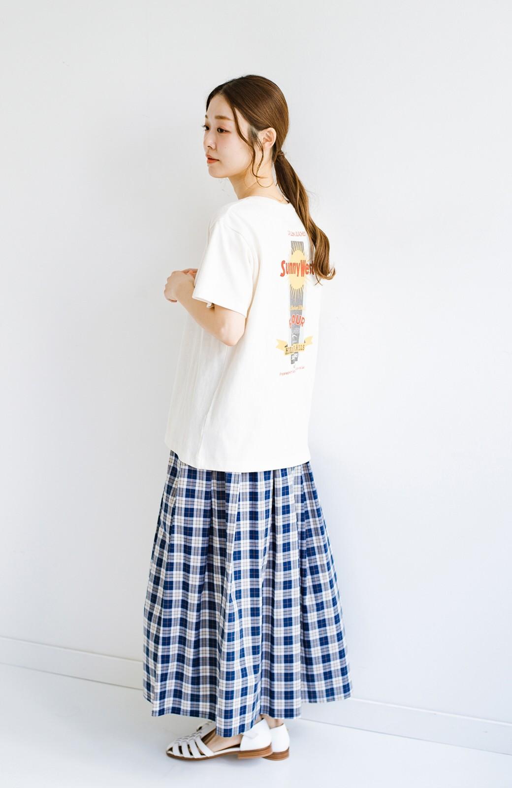 haco! LadyLee 古着のような風合いがかっこいい デニムにもスカートにも似合うロゴプリントTシャツ <アイボリー>の商品写真9