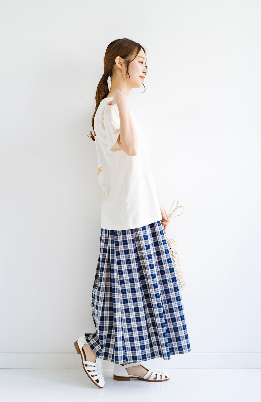 haco! LadyLee 古着のような風合いがかっこいい デニムにもスカートにも似合うロゴプリントTシャツ <アイボリー>の商品写真8