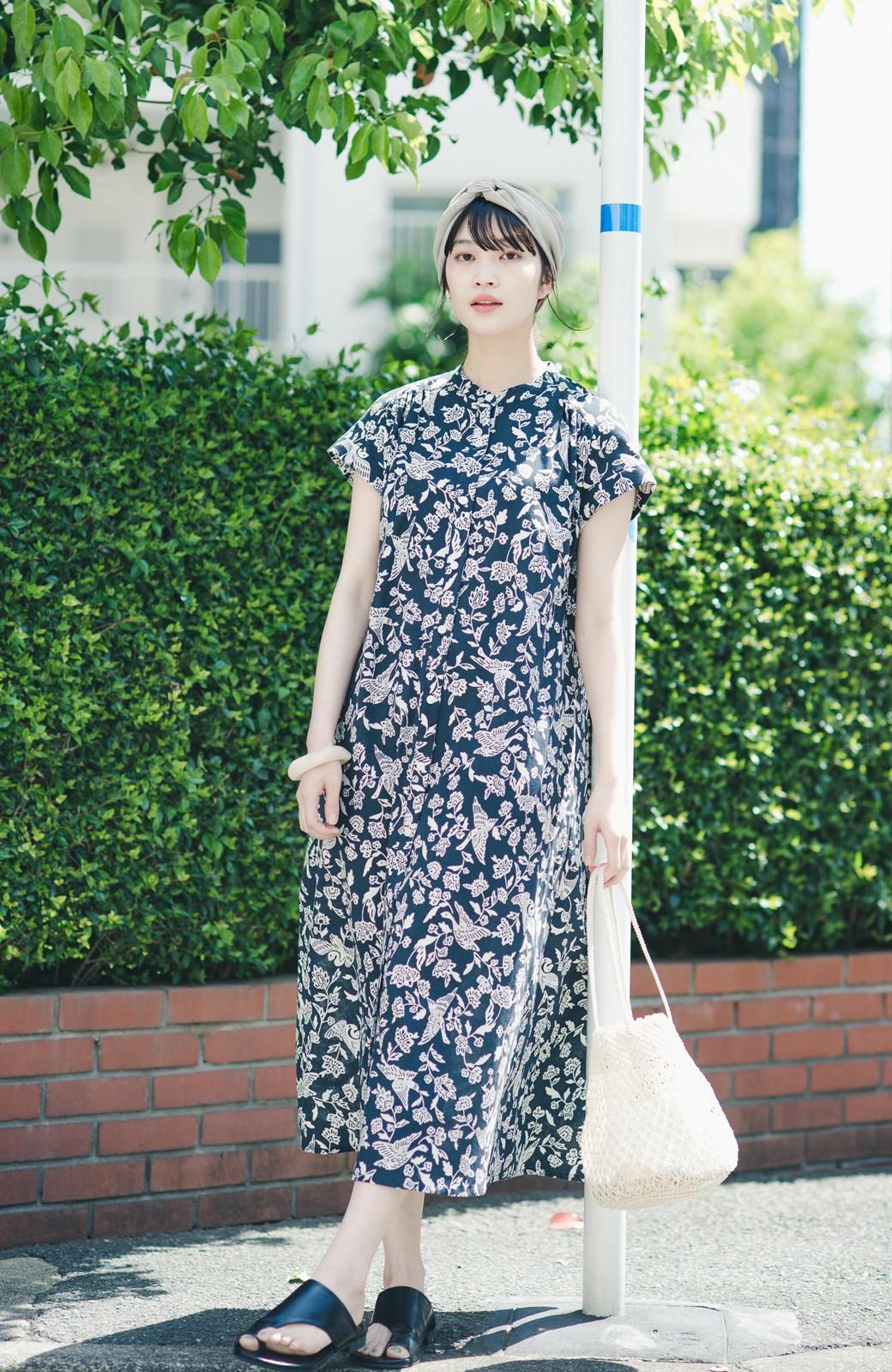 haco! 京都の浴衣屋さんと作った浴衣生地の羽織ってもかわいいロングワンピース <ブラック系その他>の商品写真4