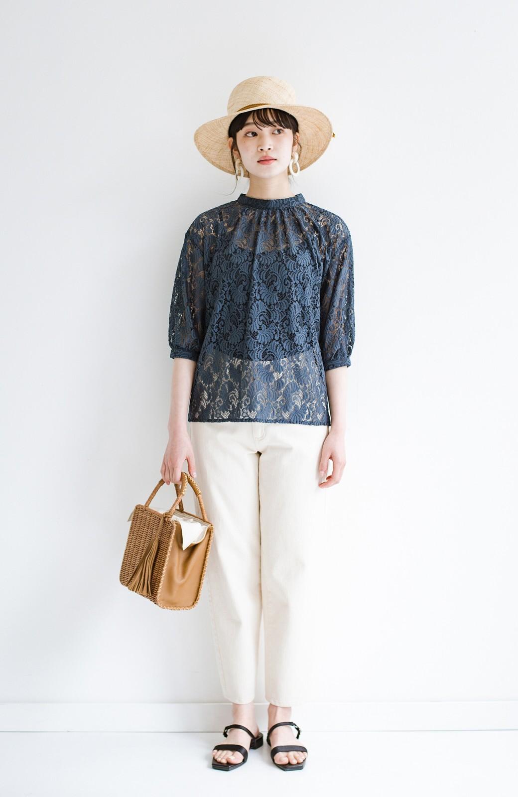 haco! (φ)デニムに合わせても女っぽい 古着屋さんにありそうな可愛げレースのスタンドカラーブラウス <グレイッシュブルー>の商品写真14
