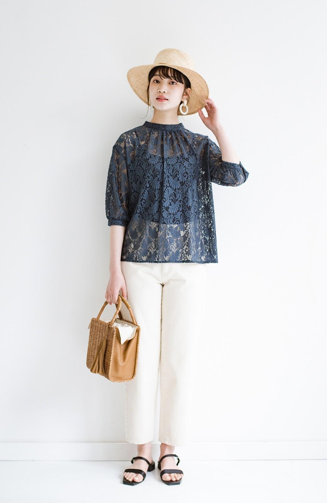 haco! (φ)デニムに合わせても女っぽい 古着屋さんにありそうな可愛げレースのスタンドカラーブラウス <グレイッシュブルー>の商品写真18