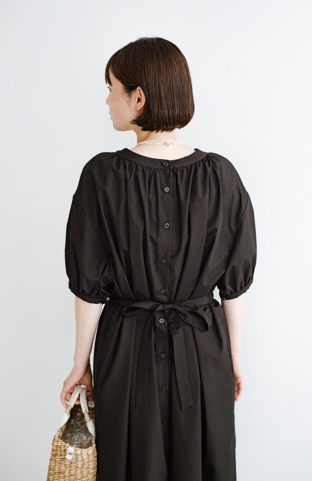 haco! 前後で着られて羽織りとしても便利! いつものパンツに重ねて着まわし上手になれるシャツワンピースby who made me <ブラック>の商品写真32