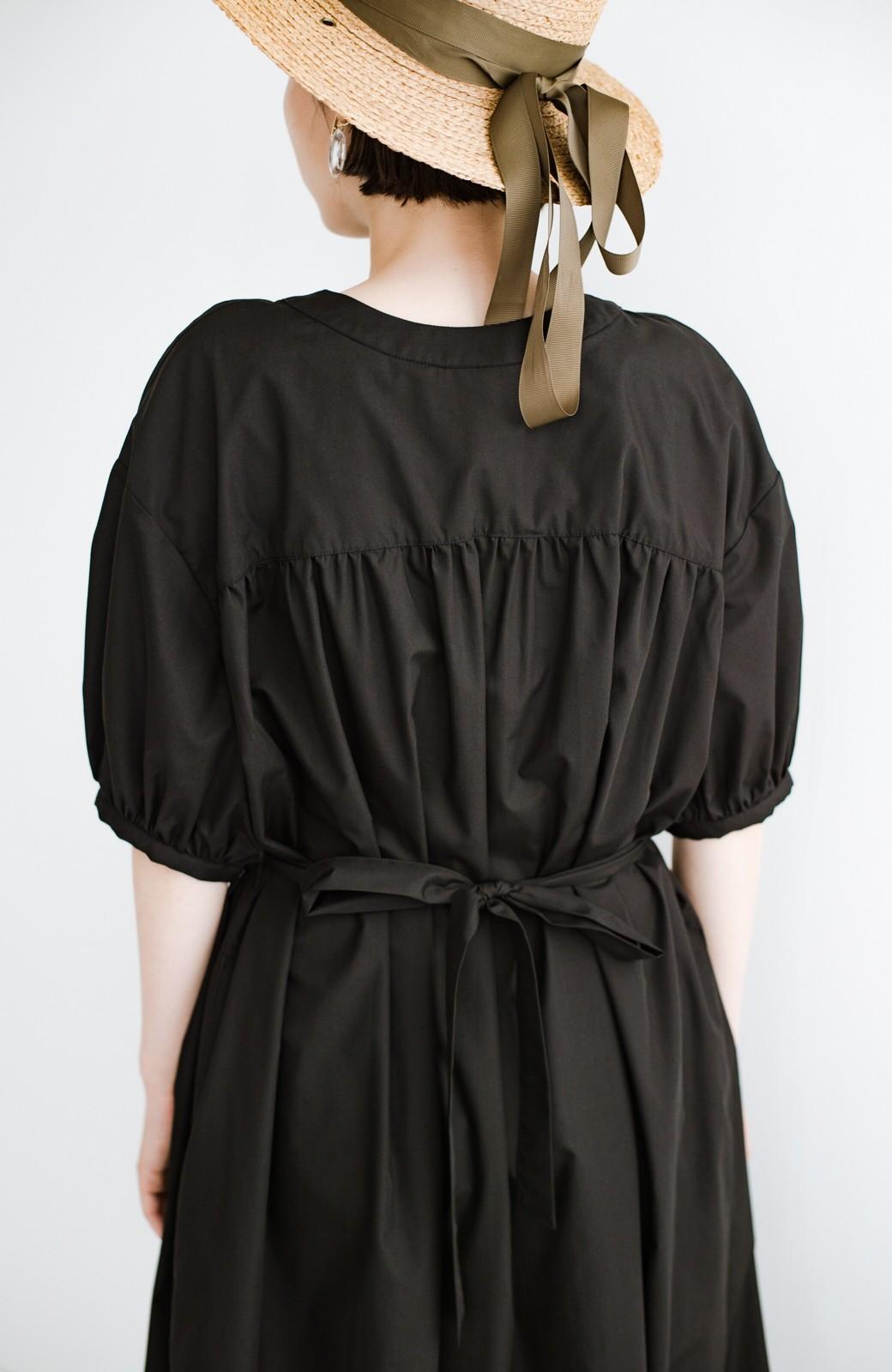 haco! 前後で着られて羽織りとしても便利! いつものパンツに重ねて着まわし上手になれるシャツワンピースby who made me <ブラック>の商品写真27