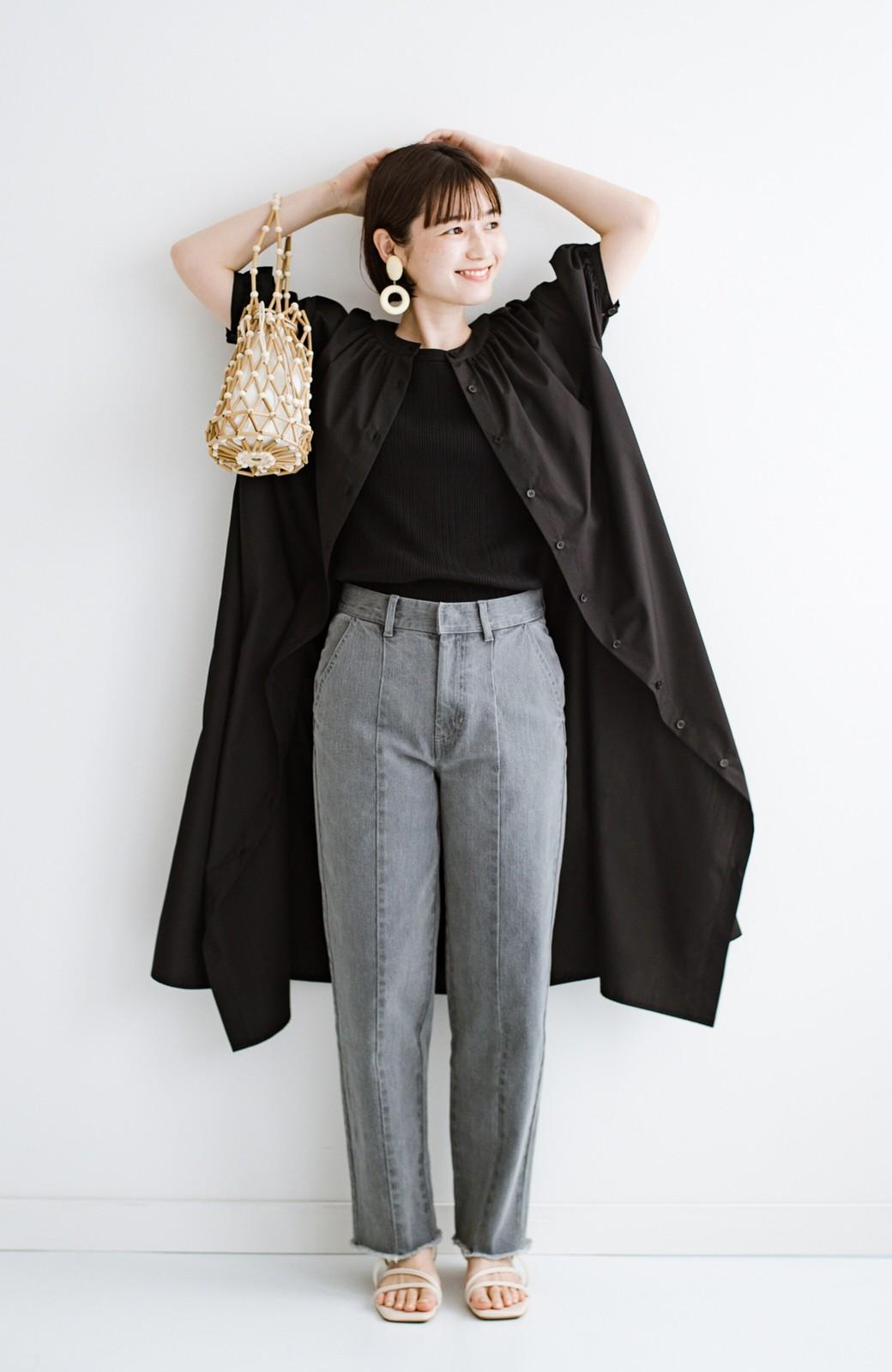 haco! 前後で着られて羽織りとしても便利! いつものパンツに重ねて着まわし上手になれるシャツワンピースby who made me <ブラック>の商品写真36