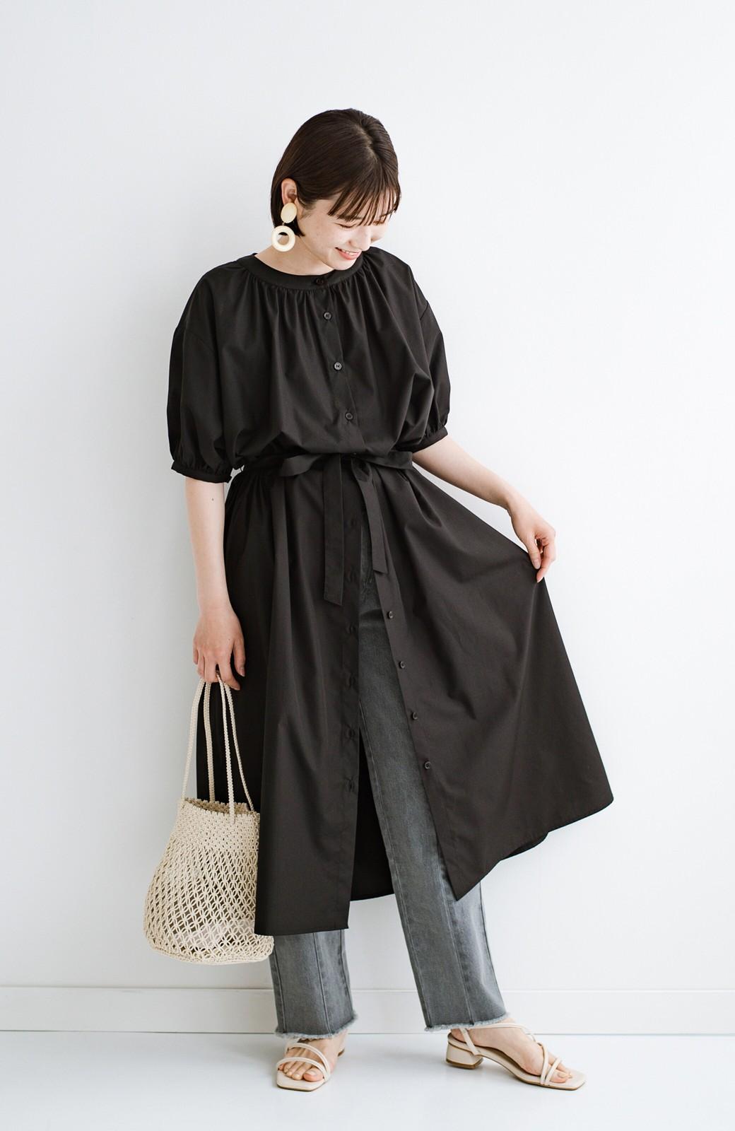 haco! 前後で着られて羽織りとしても便利! いつものパンツに重ねて着まわし上手になれるシャツワンピースby who made me <ブラック>の商品写真35