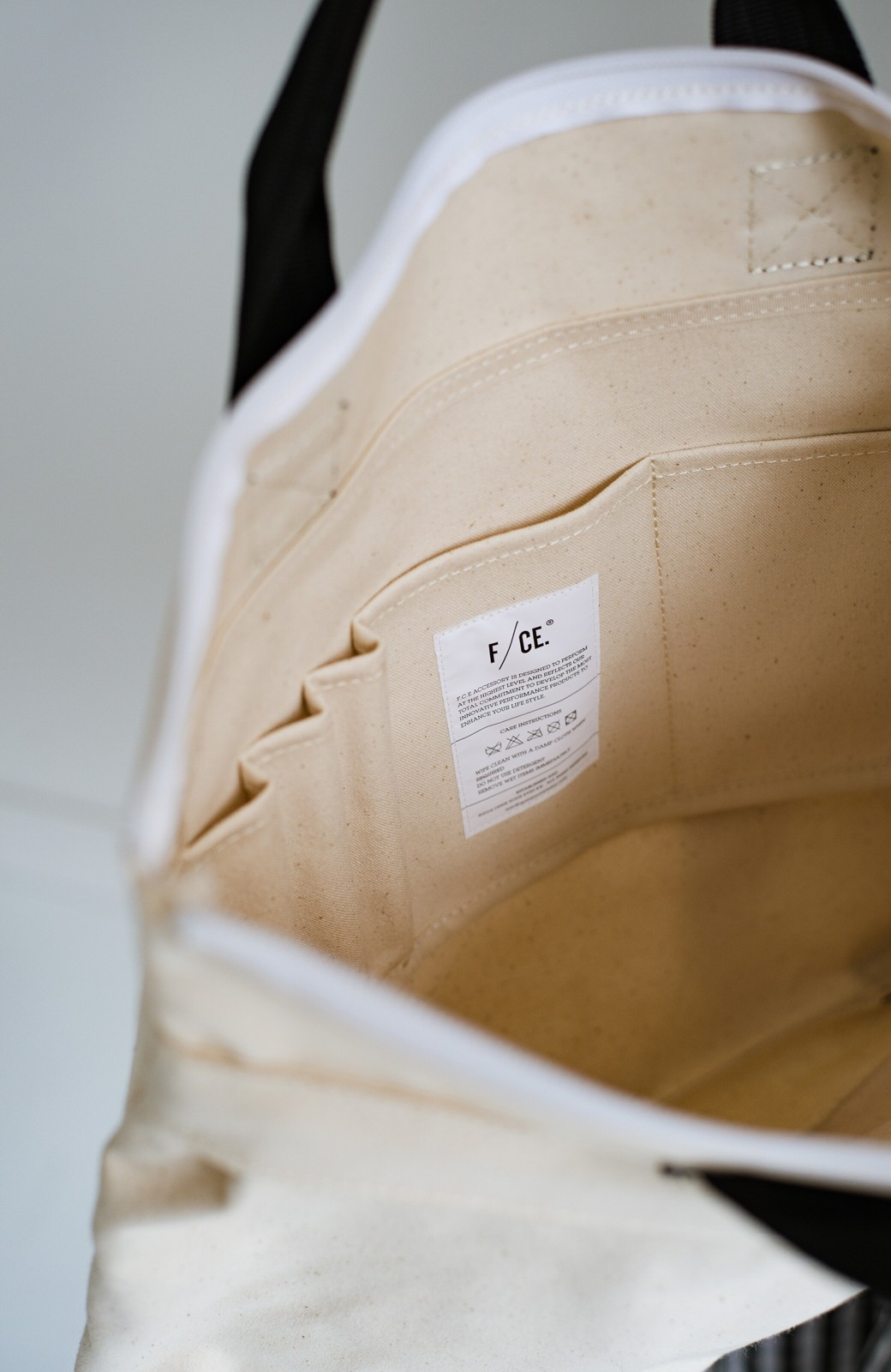 haco! F/CE.(エフシーイー) W.R CANVAS HELMET BAG <ブラック>の商品写真8