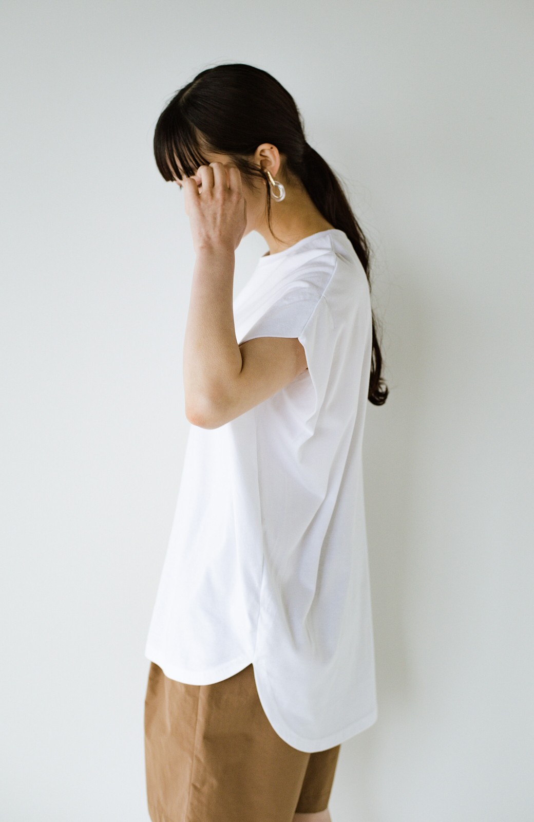 haco! PBPオーガニックコットン 楽ちんなのにブラウス気分で着られる大人のおめかしTシャツ <ホワイト>の商品写真23