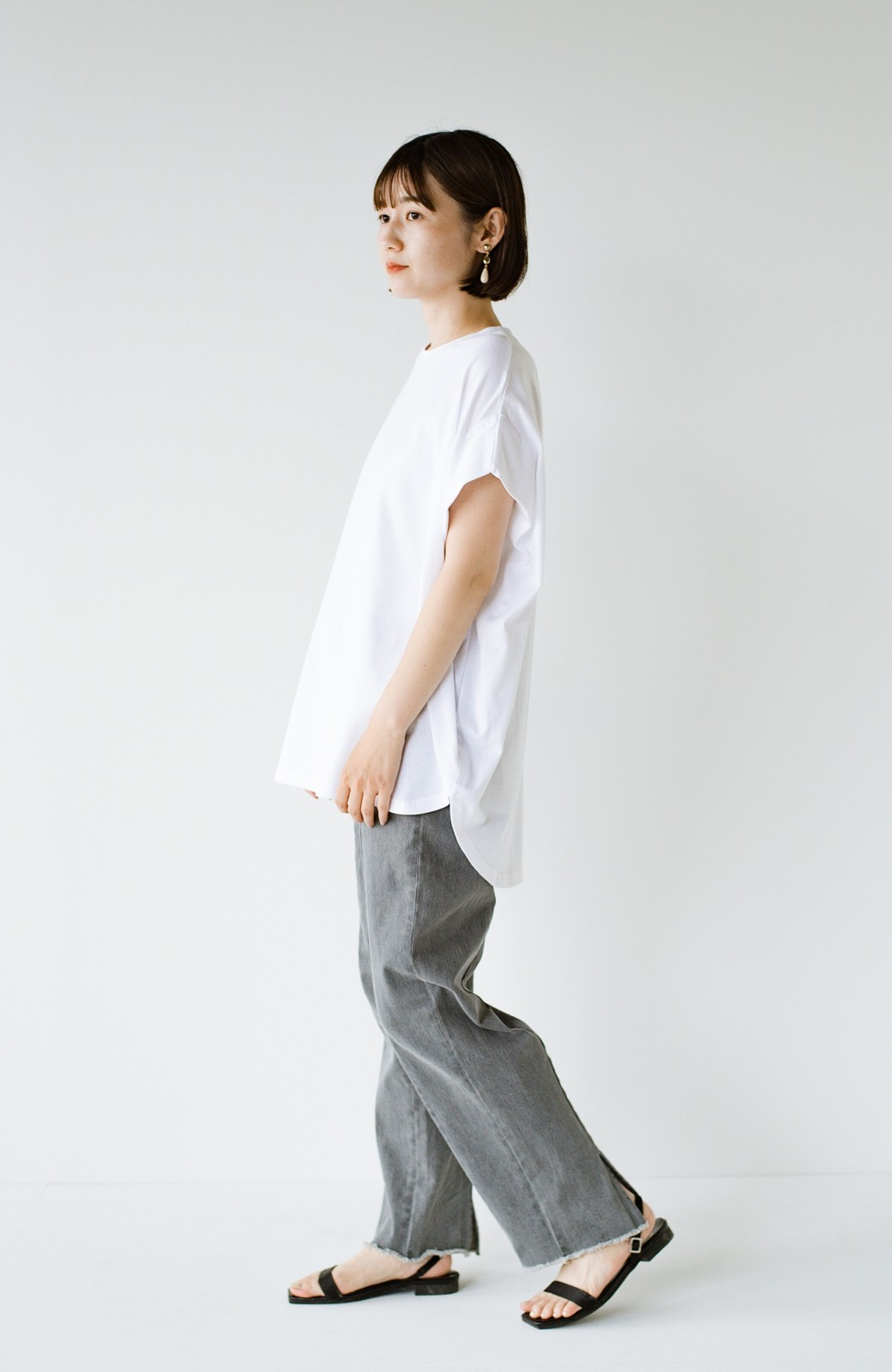 haco! PBPオーガニックコットン 楽ちんなのにブラウス気分で着られる大人のおめかしTシャツ <ホワイト>の商品写真18