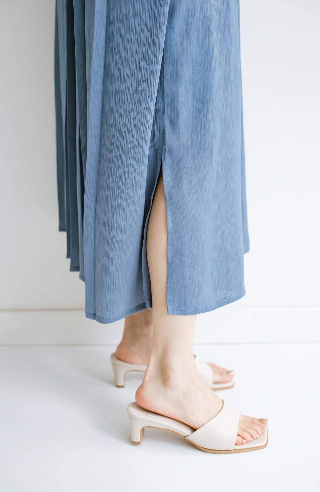 haco! 羽織としてもワンピースとしても着られちゃう 後ろ姿まで抜かりなくかわいいプリーツワンピース <ブルー>の商品写真11