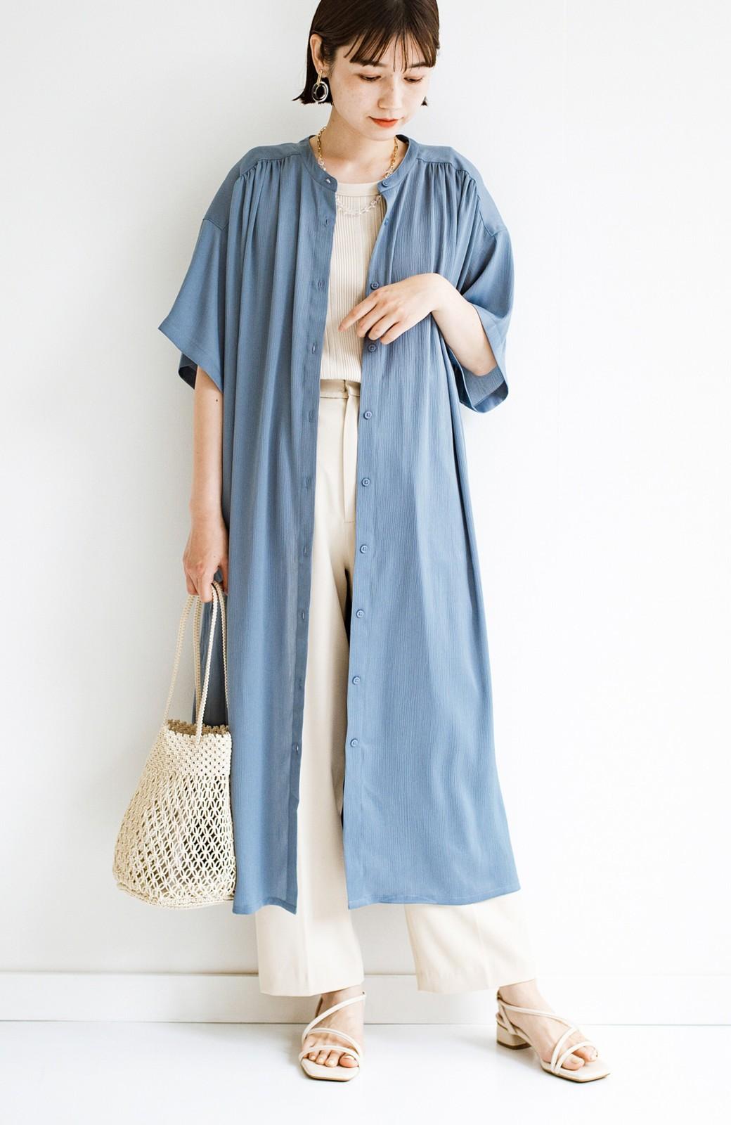 haco! 羽織としてもワンピースとしても着られちゃう 後ろ姿まで抜かりなくかわいいプリーツワンピース <ブルー>の商品写真4