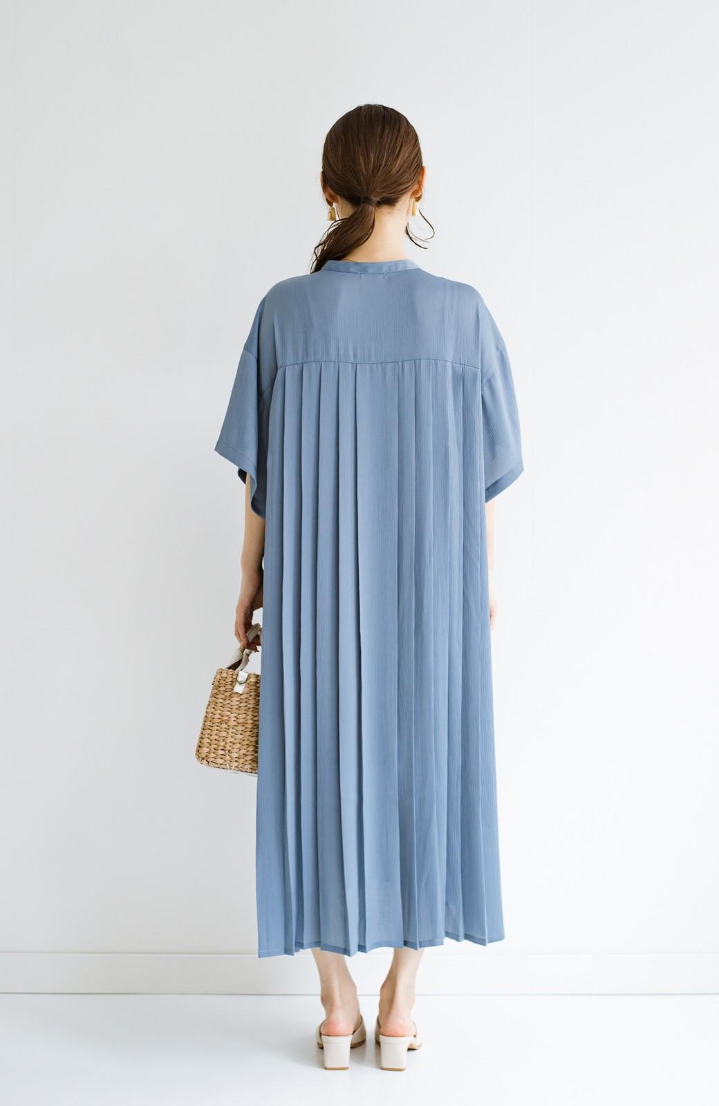 haco! 羽織としてもワンピースとしても着られちゃう 後ろ姿まで抜かりなくかわいいプリーツワンピース <ブルー>の商品写真19