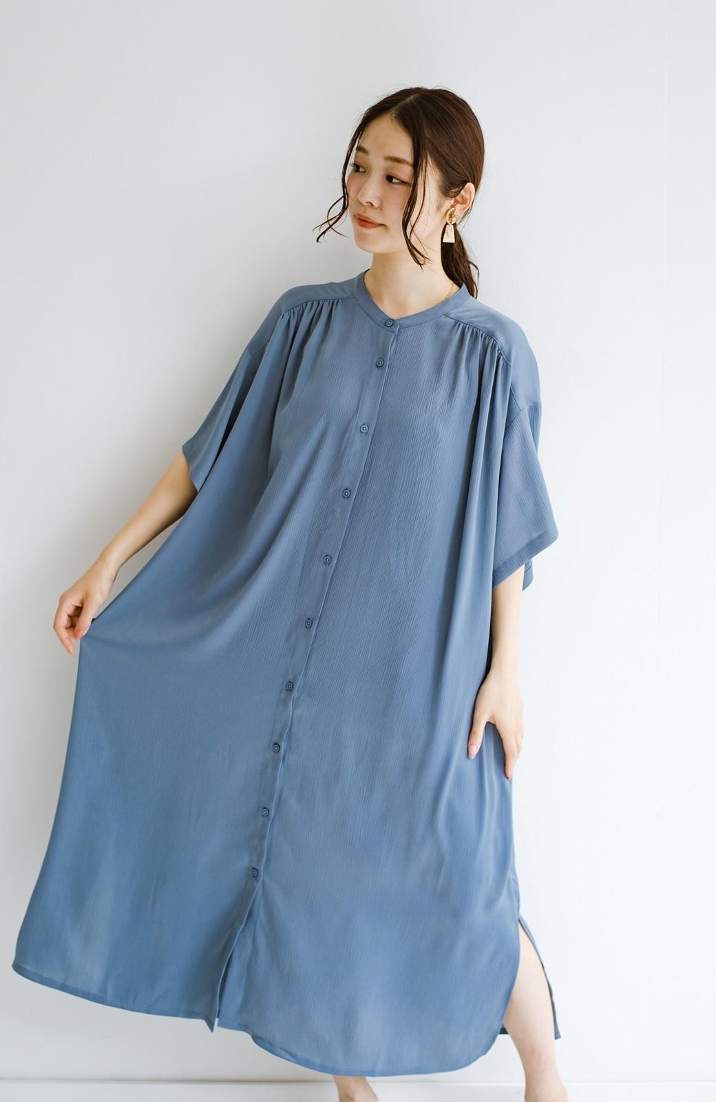 haco! 羽織としてもワンピースとしても着られちゃう 後ろ姿まで抜かりなくかわいいプリーツワンピース <ブルー>の商品写真5