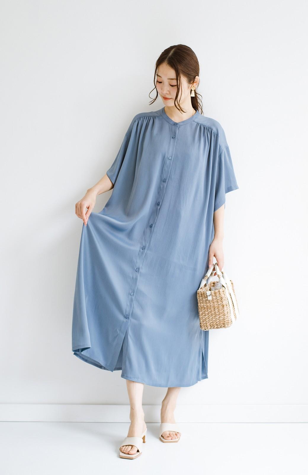 haco! 羽織としてもワンピースとしても着られちゃう 後ろ姿まで抜かりなくかわいいプリーツワンピース <ブルー>の商品写真16
