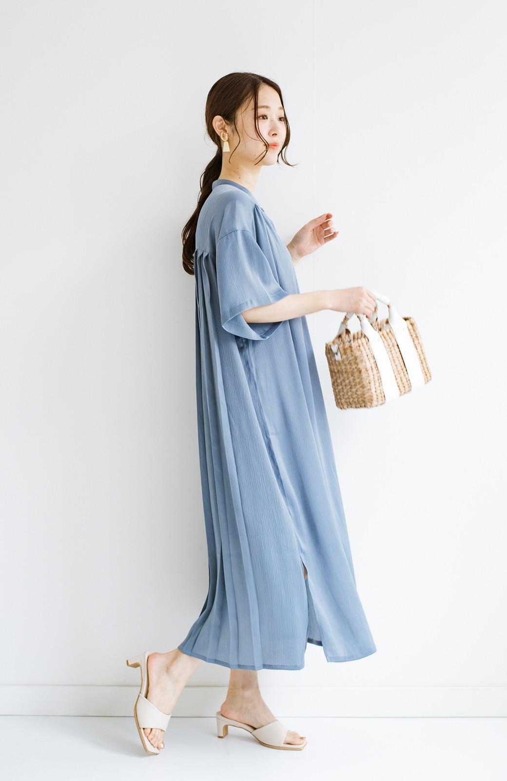 haco! 羽織としてもワンピースとしても着られちゃう 後ろ姿まで抜かりなくかわいいプリーツワンピース <ブルー>の商品写真18