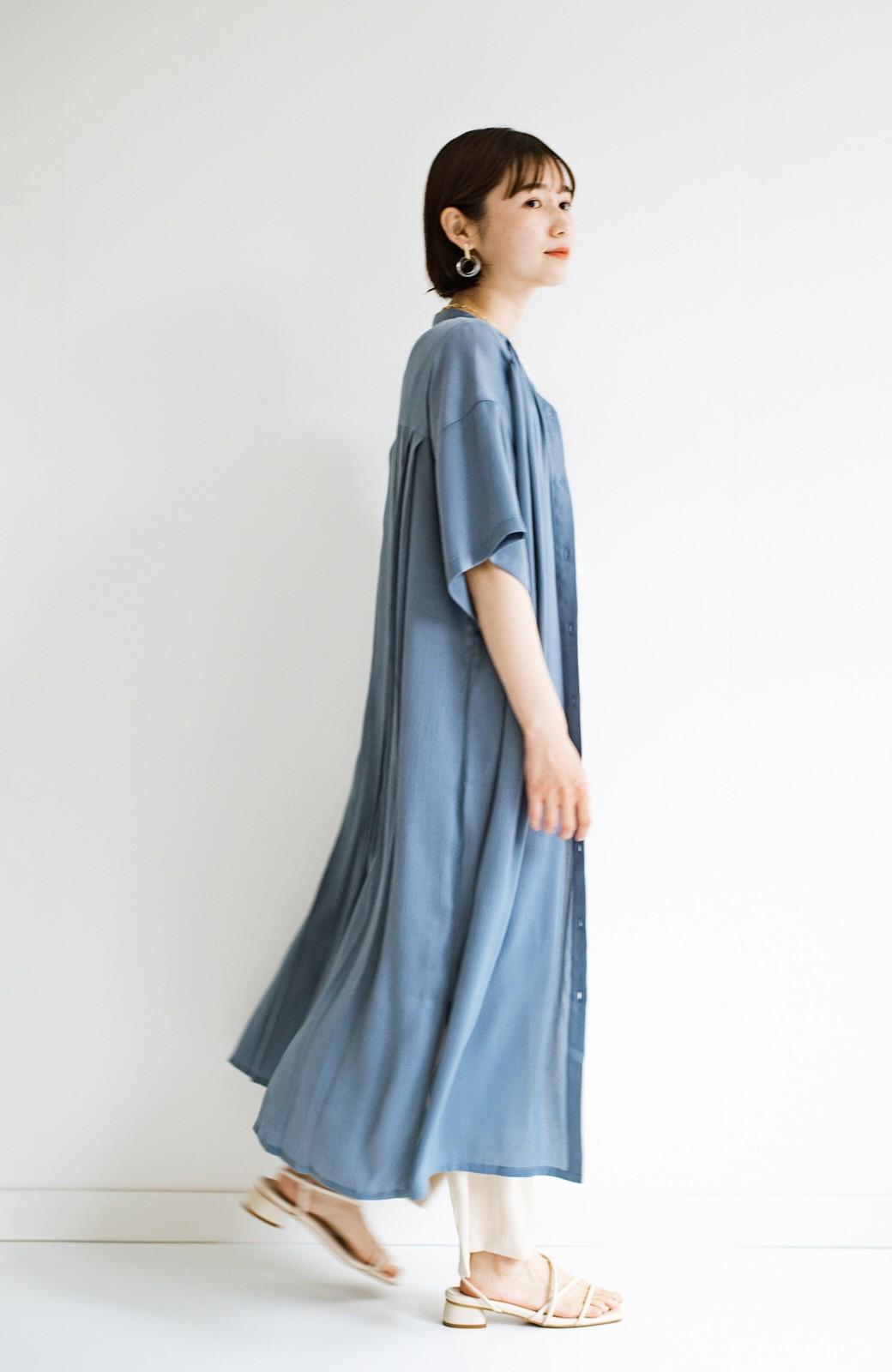 haco! 羽織としてもワンピースとしても着られちゃう 後ろ姿まで抜かりなくかわいいプリーツワンピース <ブルー>の商品写真22