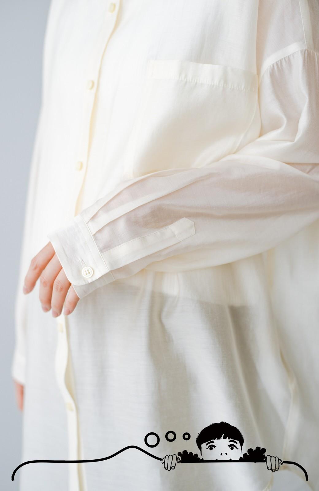 haco! いい感じの抜け感の出し方こちら! シアー素材が女っぽいビッグシルエットシャツby who made me <ライトベージュ>の商品写真8