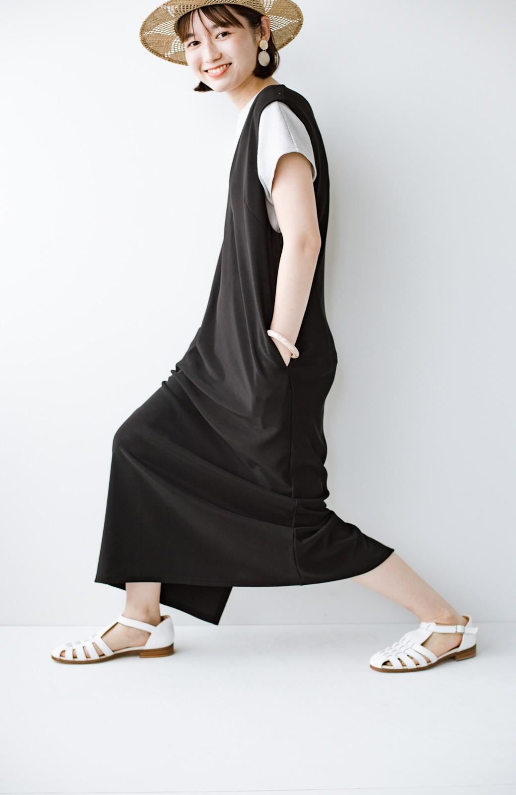 haco! 暑いねと寒いねを言い合える 続く日々がしあわせ どんな日にも寄り添うジャンパースカート by you made me <ブラック>の商品写真5