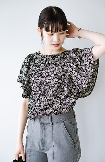 haco! すぽんと着るだけ簡単!見た目も気分も華やぐ花柄&フリルのプルオーバーブラウス <ブラック>の商品写真