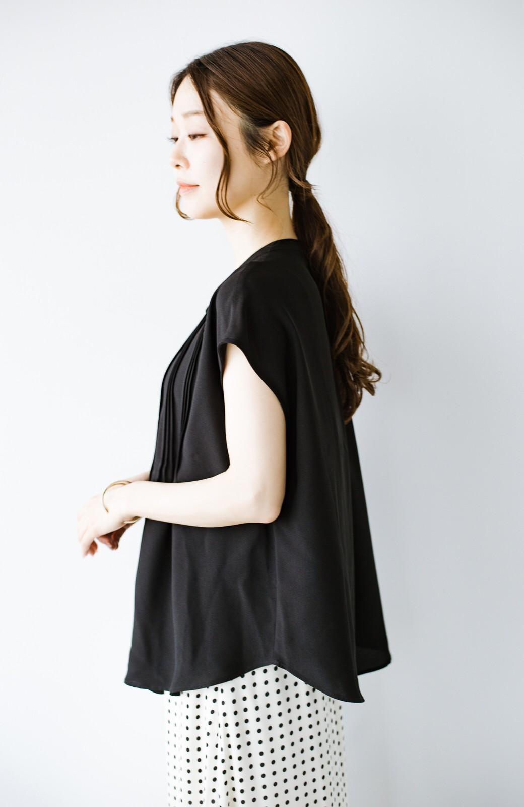 haco! Tシャツの代わりにこれを着といたら女っぽく上品になれる!ほんのり透け感が今っぽいピンタックブラウスby who made me <ブラック>の商品写真20