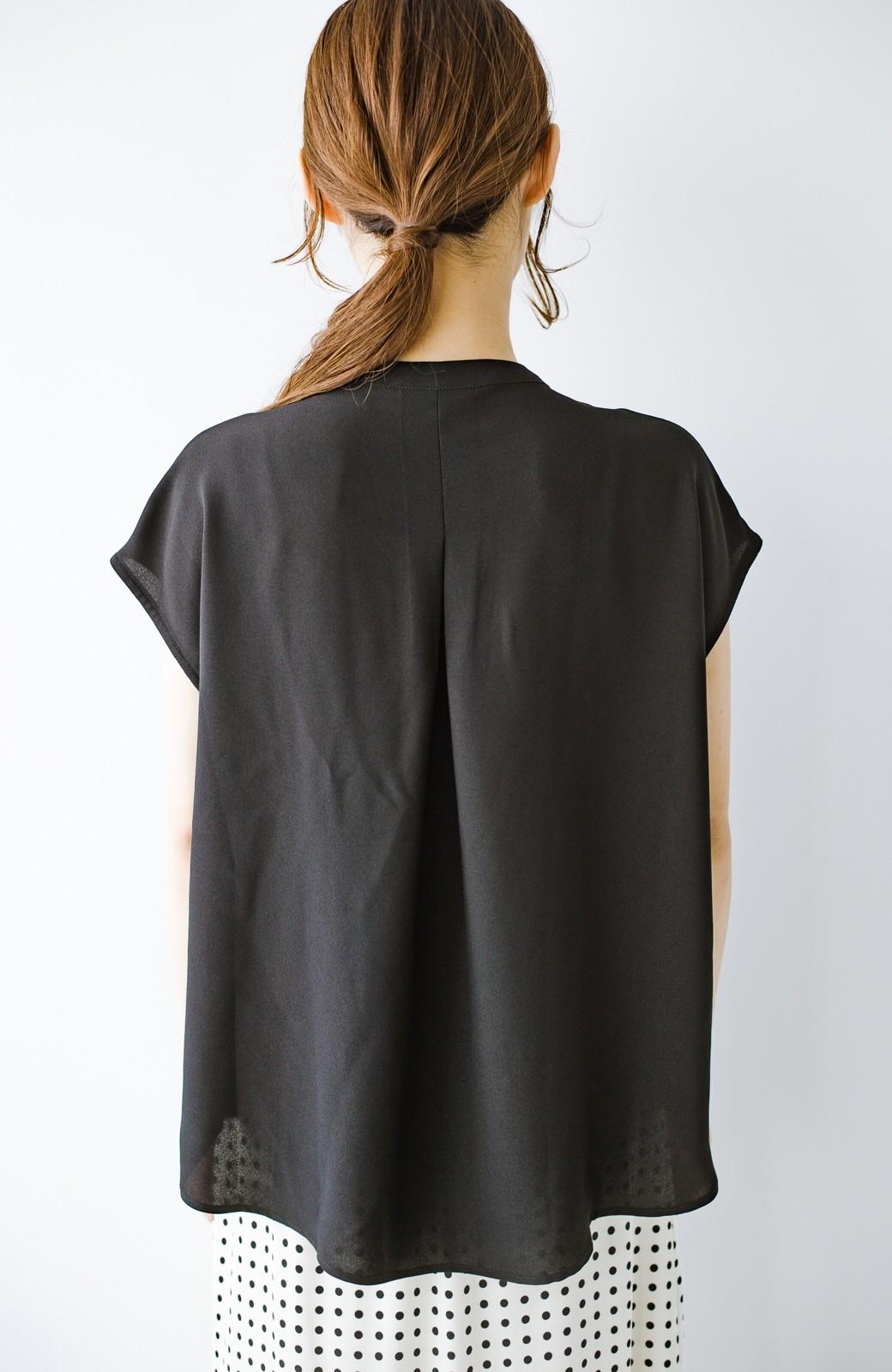 haco! Tシャツの代わりにこれを着といたら女っぽく上品になれる!ほんのり透け感が今っぽいピンタックブラウスby who made me <ブラック>の商品写真21