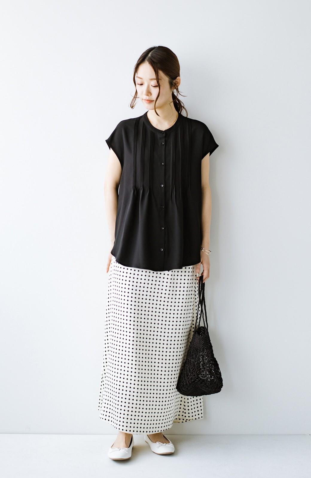 haco! Tシャツの代わりにこれを着といたら女っぽく上品になれる!ほんのり透け感が今っぽいピンタックブラウスby who made me <ブラック>の商品写真16