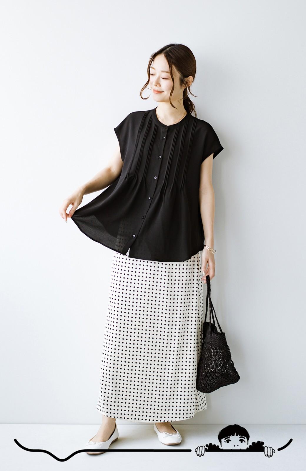 haco! Tシャツの代わりにこれを着といたら女っぽく上品になれる!ほんのり透け感が今っぽいピンタックブラウスby who made me <ブラック>の商品写真4