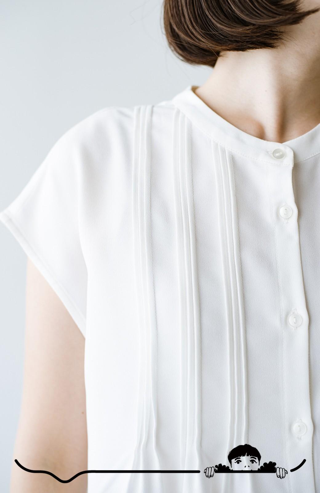 haco! Tシャツの代わりにこれを着といたら女っぽく上品になれる!ほんのり透け感が今っぽいピンタックブラウスby who made me <オフホワイト>の商品写真2