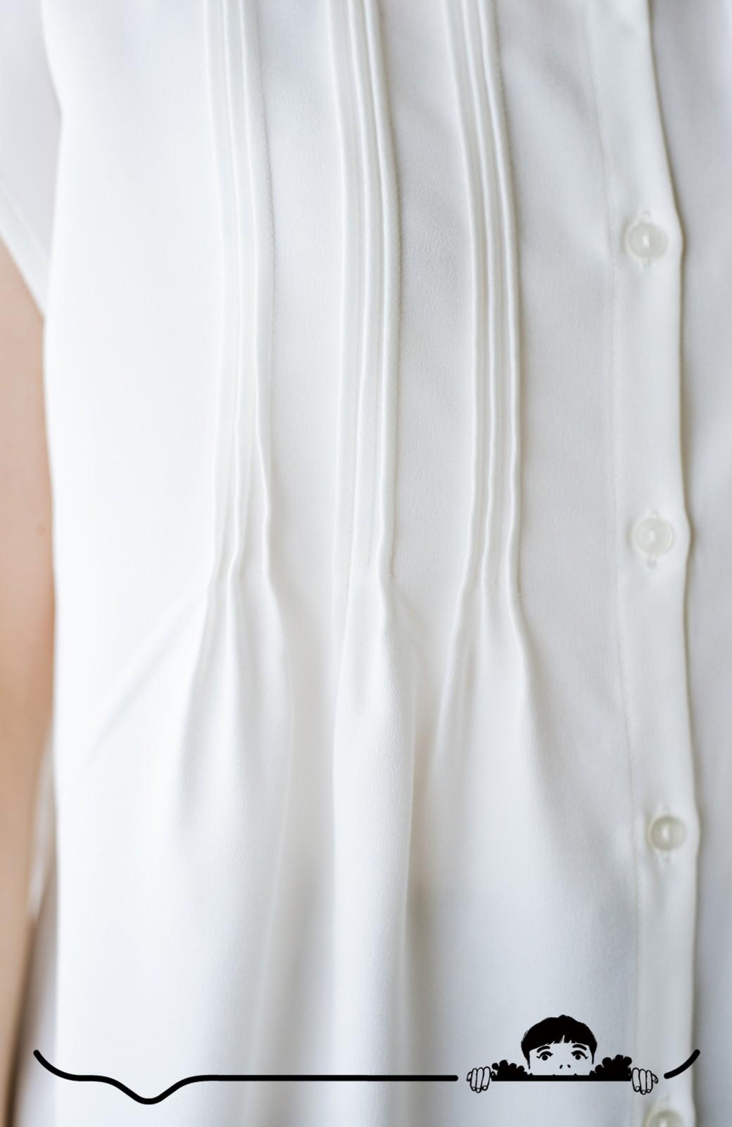 haco! Tシャツの代わりにこれを着といたら女っぽく上品になれる!ほんのり透け感が今っぽいピンタックブラウスby who made me <オフホワイト>の商品写真3
