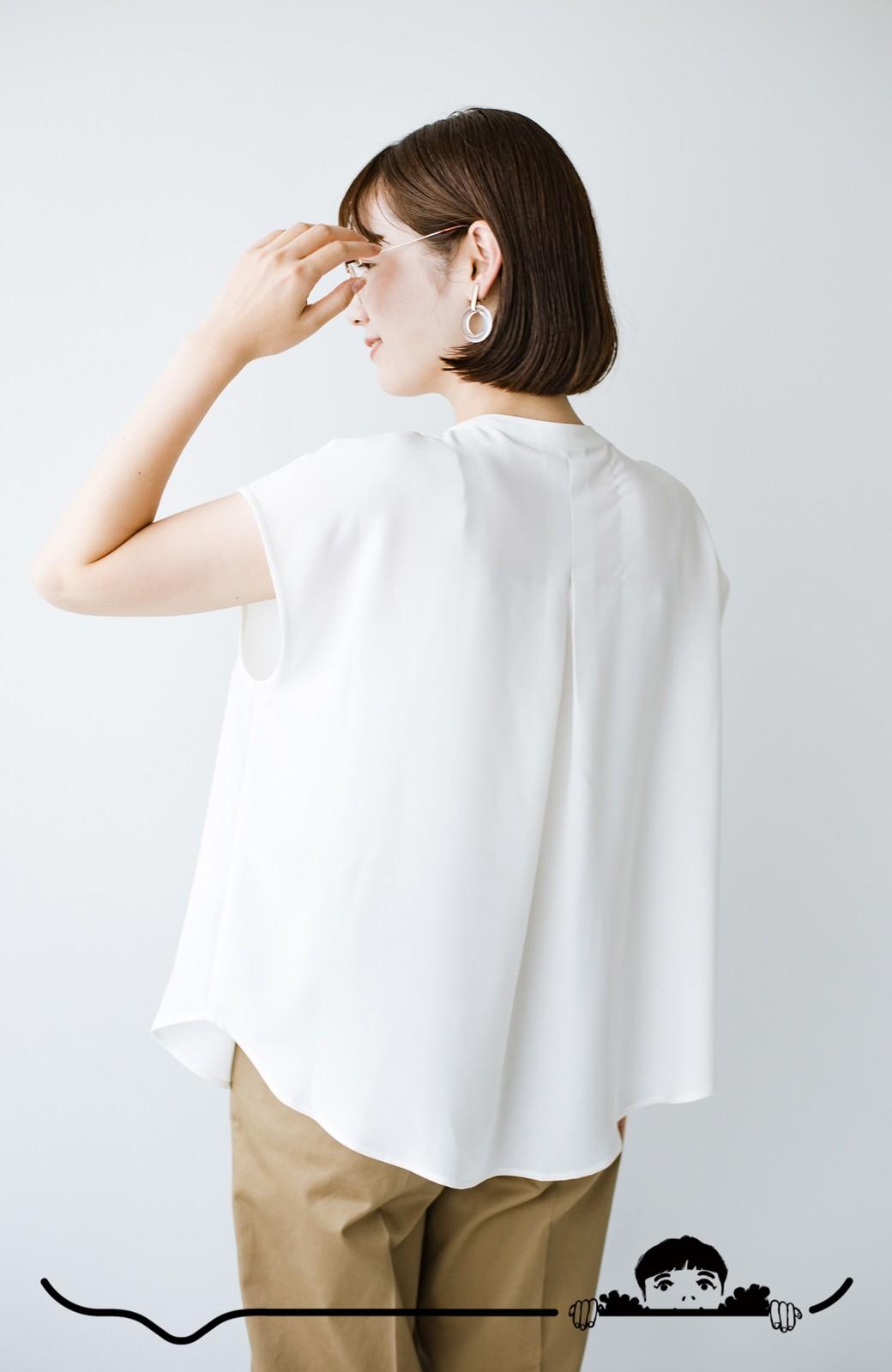 haco! Tシャツの代わりにこれを着といたら女っぽく上品になれる!ほんのり透け感が今っぽいピンタックブラウスby who made me <オフホワイト>の商品写真8